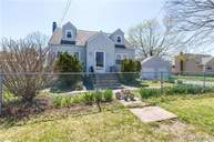 22 Walbridge Ave Bay Shore NY, 11706