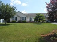 117 Spring Hill Court Mount Airy NC, 27030