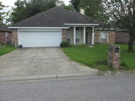 302 Pear Tree Circle Broussard LA, 70518