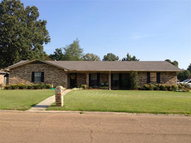 600 White Oak Brookhaven MS, 39601