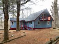107 Water View Dr Hawley PA, 18428
