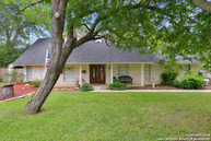 100 Arrow Mound Ln Shavano Park TX, 78231