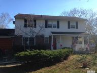 1 Windham Cres Kings Park NY, 11754