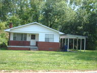 213 Rochester Middlesboro KY, 40965