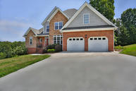 9814 Shoreline Heights Dr Soddy Daisy TN, 37379