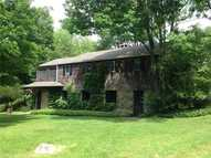 130 Kenyon Rd Lakeside CT, 06758
