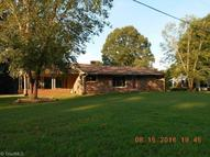 4641 E Old Us Highway 421 Yadkinville NC, 27055