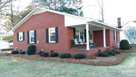 210 Sycamore St. Fremont NC, 27830