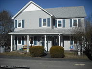 29 Gilbert St Carbondale PA, 18407