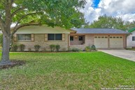 5126 Happiness St Kirby TX, 78219