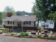 588 Pinehaven Drive New London NC, 28127