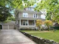 12 Dosoris Way Glen Cove NY, 11542