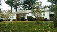 27 Spruce St Brentwood NY, 11717