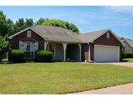 2101 W Maple Place Collinsville OK, 74021