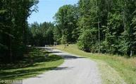 4 Fox Run Forest Ln Bumpass VA, 23024