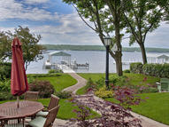 282 Circle Pkwy Williams Bay WI, 53191