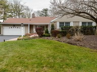 10 Midland Rd Roslyn Heights NY, 11577