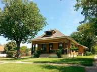 823 N Washington Ave Wellington KS, 67152