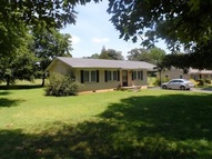 55 Geans Lane Savannah TN, 38372