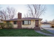 242 County Road B2 W Roseville MN, 55113