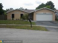 9320 Nw 38th Pl Sunrise FL, 33351