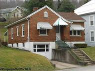125 Cottage Avenue Weston WV, 26452
