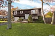 236 Phyllis Dr Patchogue NY, 11772