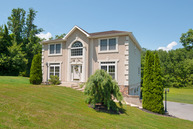 5021 Brook Ln Mohnton PA, 19540