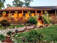 561 Cooper Point Drive Mountain View AR, 72560