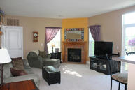 W206n16737 Blackberry Cir 1621 Jackson WI, 53037