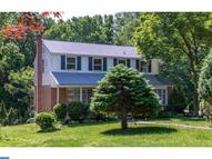 694 Old Schoolhouse Dr Springfield PA, 19064