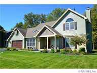 48 Old Country Ln Fairport NY, 14450