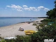 52 Beach Rd Jamesport NY, 11947