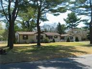 18 River Heights Dr Smithtown NY, 11787