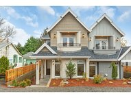 637 3rd St Lake Oswego OR, 97034