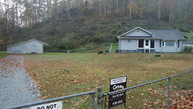 49 Skifus Branch Rd. Whitman WV, 25652