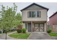 179 Sw Hewitt Ave Troutdale OR, 97060