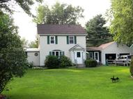 42 Meadow Ln Lanesboro MA, 01237