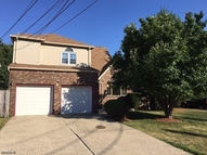 8 Malanga Ct Scotch Plains NJ, 07076