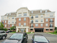 6204 Fernandez Court Unit D, Building 8 Parlin NJ, 08859