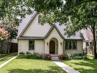 1047 N Edgefield Avenue Dallas TX, 75208