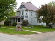 808 8th Ave Belle Plaine IA, 52208