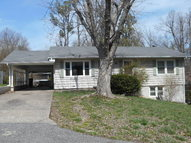153 Woodlawn Madisonville KY, 42431