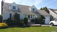 246 Green Valley Rd East Meadow NY, 11554