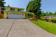 2423 Sw 318th St Federal Way WA, 98023