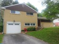 420 Foster Dr Springfield PA, 19064