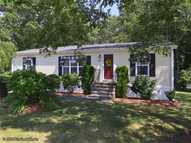 261 Leisure Dr South Kingstown RI, 02879