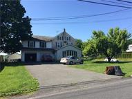 1565 North Brookside Macungie PA, 18062