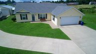 214 Carolyn Court Radcliff KY, 40160