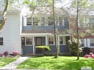 215 Towne House Vlg Hauppauge NY, 11749